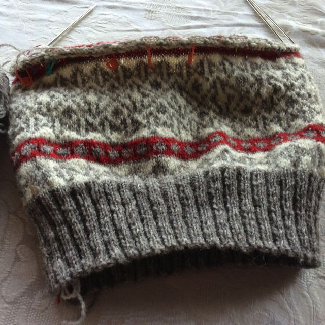 Fair Isle Knitting In The Round : Nubianknitter in the round down under